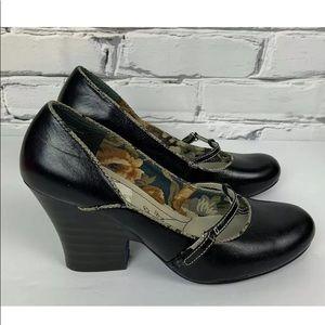 Bobbi Blu Leather Mary Jane Black Heels Size 9.5